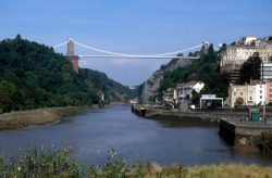 Clifton Suspension Bridge from Hotwells © Rob Brewer